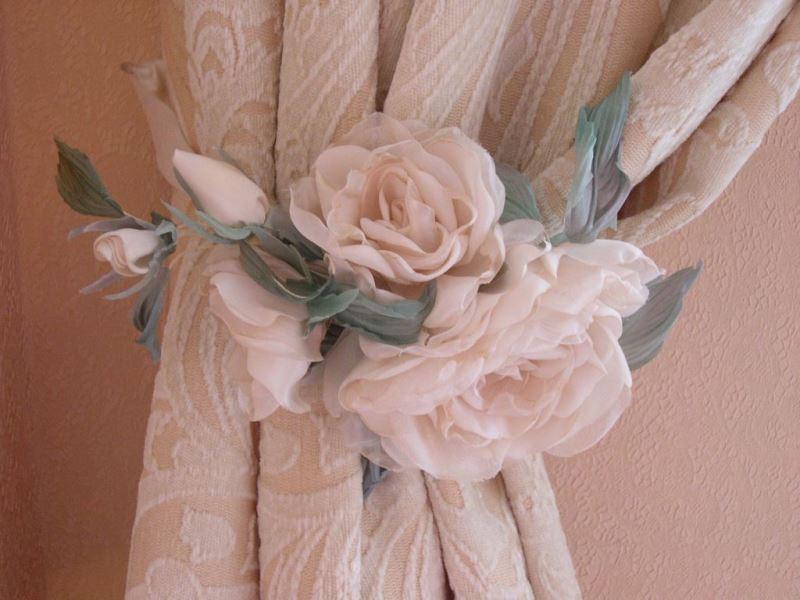 Цветы магниты из ткани