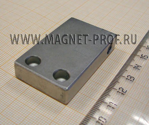 Неодимовый магнит пластина с отверстиями  50x30x10xd6.5 мм.