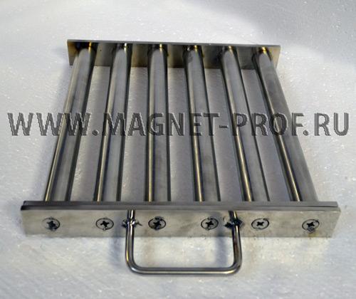 Магнитная решетка 300x300х40хd28 мм. (с самоочисткой)