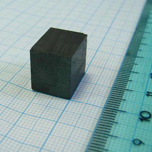 Ферритовый магнит пластина 15x12x14 мм