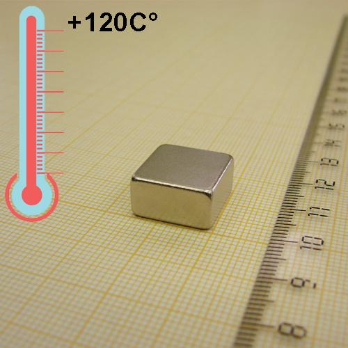 Неодимовый магнит пластина 15x15x8 мм., N33H