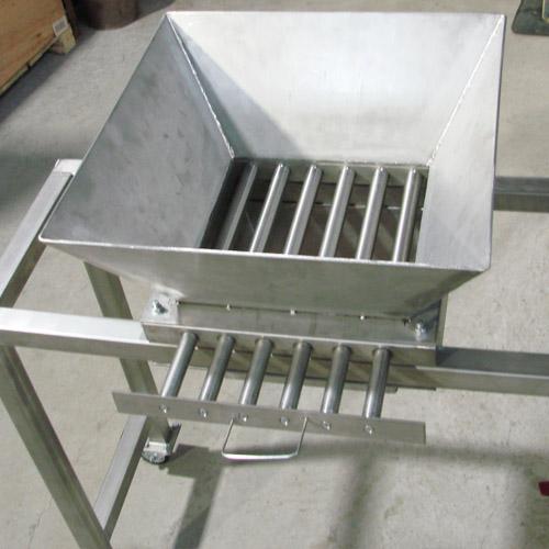 Подкатной магнитный сепаратор 950х500х1080