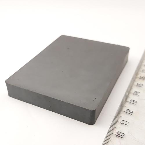 Ферритовый магнит пластина 84х64х12 мм