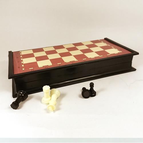 Магнитные шахматы 19х19 см