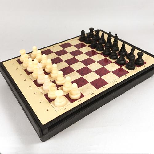 Магнитные шахматы 17х12 см