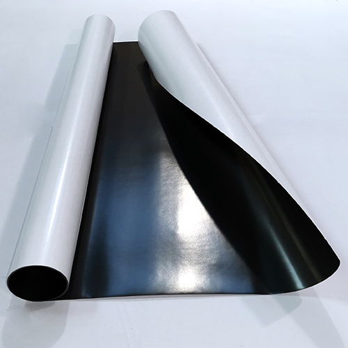 Магнитный винил толщиной 0.4 мм с клеем (1 метр)