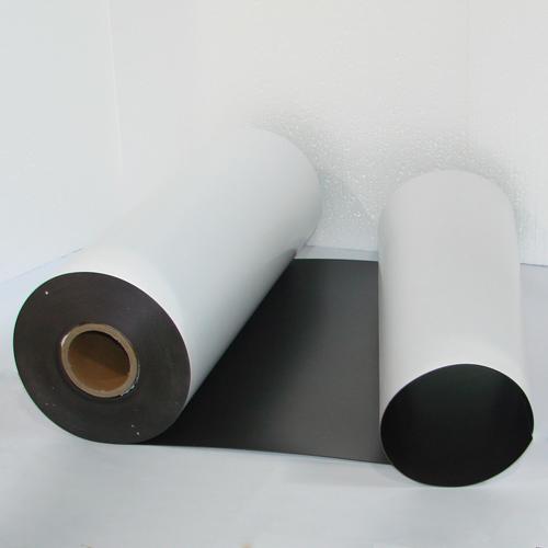 Магнитный винил толщиной 0.9 мм с клеем (30 метров)