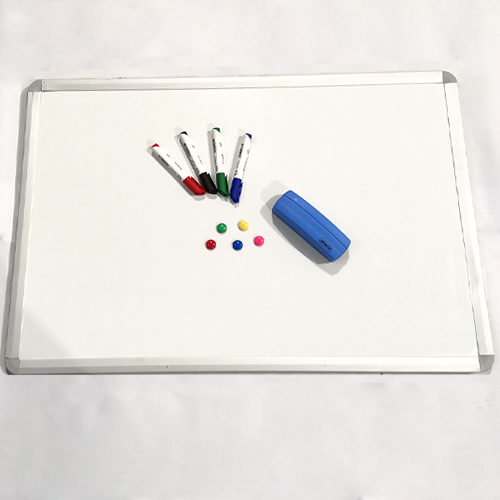 Набор: Магнитная доска, маркеры, губка, офисные магниты.