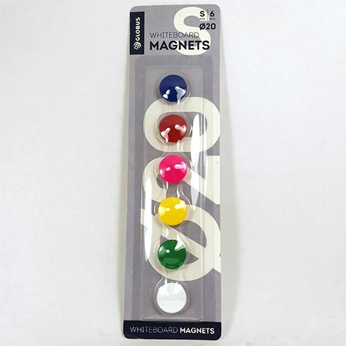 Набор цветных магнитов на холодильник