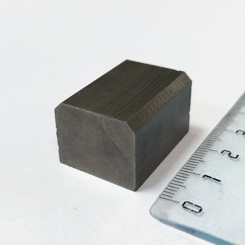 Магнит пластина 27x20x16/14мм. , N52 (без покрытия)