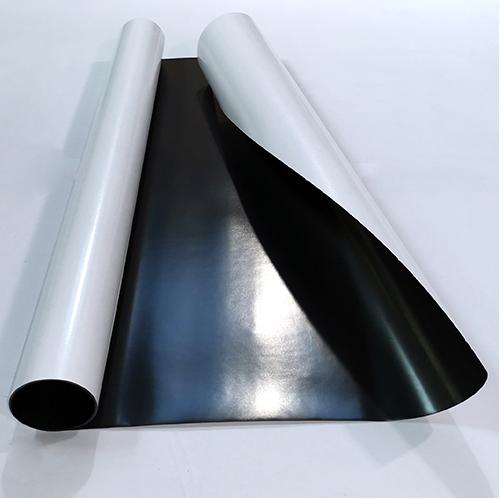 Магнитный винил толщиной 0.5 мм с клеем (1 метр)
